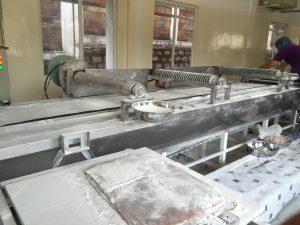 Hệ thống cắt kẹo